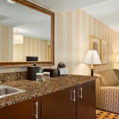 Отель Embassy Suites Minneapolis - Airport Блумингтон в номере