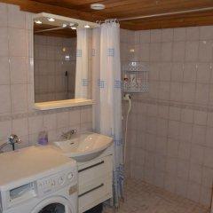 Отель Cottage H62 Ruokolahti Финляндия, Руоколахти - отзывы, цены и фото номеров - забронировать отель Cottage H62 Ruokolahti онлайн ванная фото 2