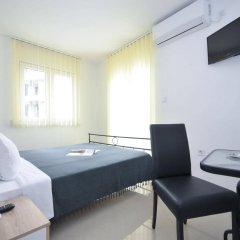 Отель Oaza Черногория, Будва - 8 отзывов об отеле, цены и фото номеров - забронировать отель Oaza онлайн комната для гостей фото 2