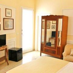 Отель Dimora Le Tre Muse Guesthouse Италия, Лечче - отзывы, цены и фото номеров - забронировать отель Dimora Le Tre Muse Guesthouse онлайн комната для гостей фото 3