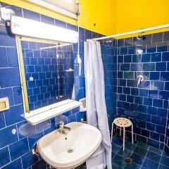 Отель Hostel Santa Monaca Италия, Флоренция - отзывы, цены и фото номеров - забронировать отель Hostel Santa Monaca онлайн ванная фото 2