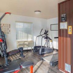 Отель Quality Inn фитнесс-зал фото 2