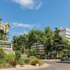 Отель Crowne Plaza Paris - Neuilly парковка