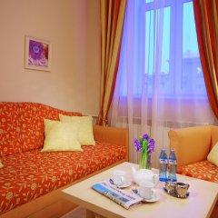 Гостиница Октябрьская 4* Стандартный номер с двуспальной кроватью фото 18