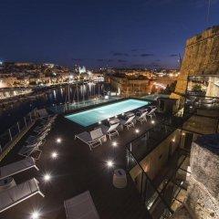 Отель Cugo Gran Macina Grand Harbour бассейн