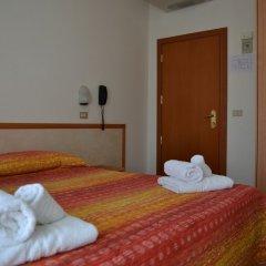 Hotel Apis сейф в номере