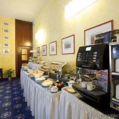 Eur Hotel Milano Fiera Треццано-суль-Навиглио питание фото 2