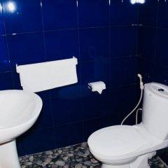 Отель Villa Sri Beach ванная фото 2