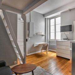 Отель 50 - Loft Flat Paris Marais 2G комната для гостей фото 4