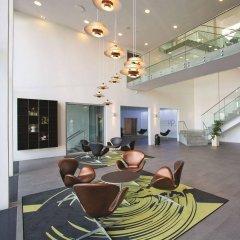 Отель Wakeup Copenhagen - Carsten Niebuhrs Gade интерьер отеля фото 3