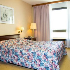 Гостиница Космос 3* Номер Бизнес с двуспальной кроватью