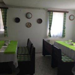 Отель Villa Valeria Венгрия, Хевиз - отзывы, цены и фото номеров - забронировать отель Villa Valeria онлайн питание фото 2