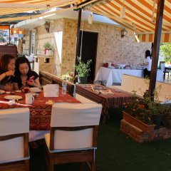 Rebetika Hotel Турция, Сельчук - 1 отзыв об отеле, цены и фото номеров - забронировать отель Rebetika Hotel онлайн питание фото 2