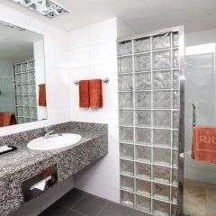 Отель Riu Naiboa All Inclusive Доминикана, Пунта Кана - 1 отзыв об отеле, цены и фото номеров - забронировать отель Riu Naiboa All Inclusive онлайн ванная
