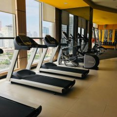 Апартаменты Henry Studio Luxury 2BR SWPool 17th фитнесс-зал фото 2
