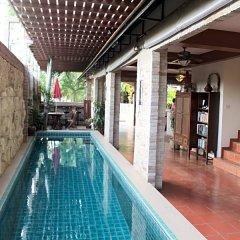 Отель Chang Charlie Inn Таиланд, Паттайя - отзывы, цены и фото номеров - забронировать отель Chang Charlie Inn онлайн бассейн фото 2