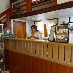 Dinso Mon Hotel Бангкок интерьер отеля