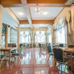 Kyi Tin Hotel интерьер отеля