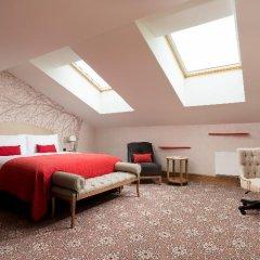 Лотте Отель Санкт-Петербург 5* Номер Heavenly двуспальная кровать
