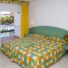 Отель Aparthotel Esquinzo Y Monte Del Mar комната для гостей