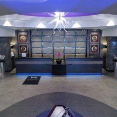 Отель DoubleTree by Hilton London – West End интерьер отеля фото 2