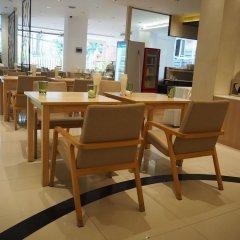 Отель Royal View Resort Таиланд, Бангкок - 5 отзывов об отеле, цены и фото номеров - забронировать отель Royal View Resort онлайн питание фото 4