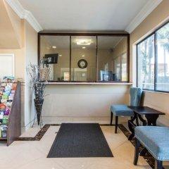Отель Rodeway Inn & Suites LAX развлечения