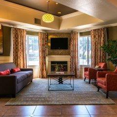 Отель Best Western Plus Rama Inn & Suites интерьер отеля фото 3