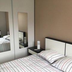 Апартаменты Apartment With 2 Bedrooms in Bagnolet, With Terrace and Wifi сейф в номере