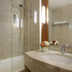 Отель Best Western Paris CDG Airport ванная
