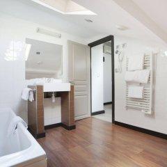 Отель Odalys City Nice Le Palais Rossini ванная фото 2