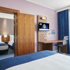 Отель Holiday Inn Express Belgrade - City комната для гостей фото 4