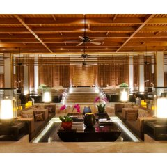 Отель Crowne Plaza Phuket Panwa Beach гостиничный бар