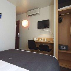 Отель Campanile Paris 14 - Maine Montparnasse Франция, Париж - 3 отзыва об отеле, цены и фото номеров - забронировать отель Campanile Paris 14 - Maine Montparnasse онлайн удобства в номере фото 2