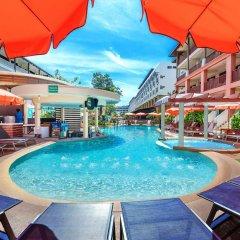 Отель Kata Sea Breeze Resort бассейн фото 2