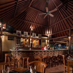 Отель White Rose Kuta Resort, Villas & Spa гостиничный бар фото 2