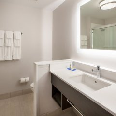 Holiday Inn Express Hotel & Suites Jasper ванная фото 2