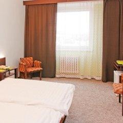 Hotel Merkur - Jablonec Nad Nisou Яблонец-над-Нисой комната для гостей фото 4