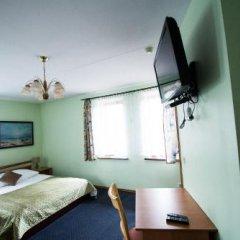 Отель Svečių namai Lingės сейф в номере