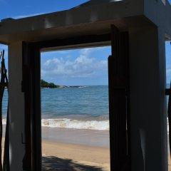Отель Coco Villa Boutique Resort Шри-Ланка, Берувела - отзывы, цены и фото номеров - забронировать отель Coco Villa Boutique Resort онлайн пляж