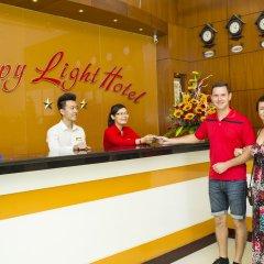 Отель Happy Light Hotel Вьетнам, Нячанг - 1 отзыв об отеле, цены и фото номеров - забронировать отель Happy Light Hotel онлайн интерьер отеля фото 3