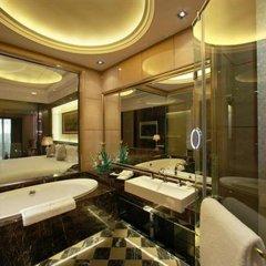 Отель Chateau Star River Pudong Shanghai Китай, Шанхай - отзывы, цены и фото номеров - забронировать отель Chateau Star River Pudong Shanghai онлайн ванная