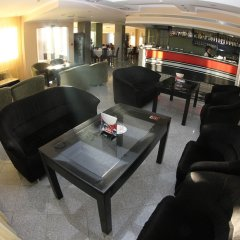 Elegance Hotel бассейн