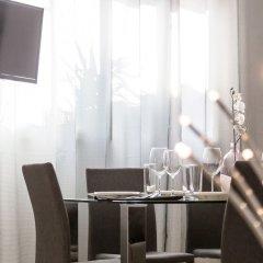 Отель Apartamento Travel Habitat Ático Comedias удобства в номере фото 2