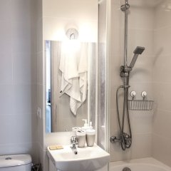 Отель Sunny City Center Apartment Польша, Варшава - отзывы, цены и фото номеров - забронировать отель Sunny City Center Apartment онлайн ванная