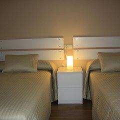 Отель Apartamentos Camparina Испания, Льянес - отзывы, цены и фото номеров - забронировать отель Apartamentos Camparina онлайн комната для гостей фото 4