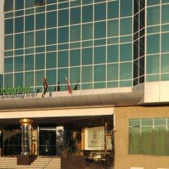 Отель Holiday Inn Bur Dubai Embassy District Дубай балкон