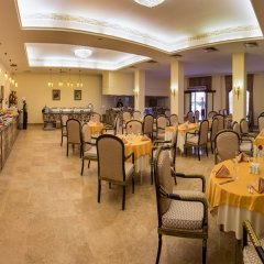 Отель Cesars Temple De Luxe All Inclusive питание