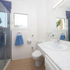 Отель Santa Lucía Испания, Курорт Росес - отзывы, цены и фото номеров - забронировать отель Santa Lucía онлайн ванная