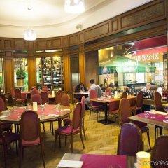 Отель City Hotel Pilvax Венгрия, Будапешт - 7 отзывов об отеле, цены и фото номеров - забронировать отель City Hotel Pilvax онлайн питание фото 2